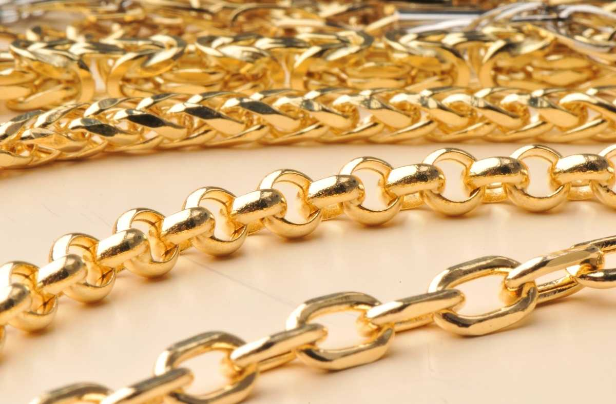 4 Popular Gold Chain Styles For Woman