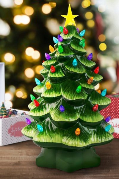4 Tips to Decorating with Ceramic Christmas Trees