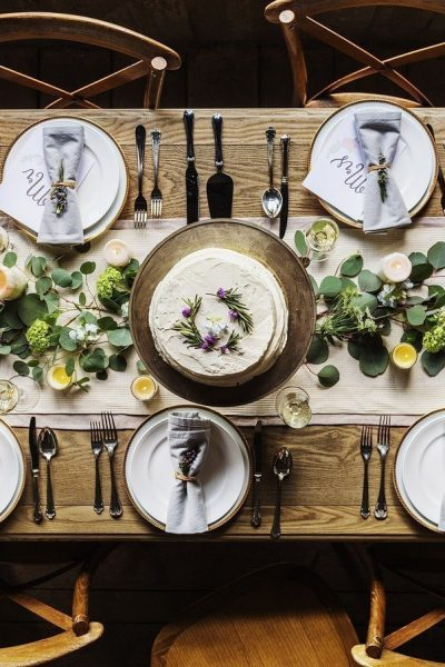 A Buyer's Guide to The Right Dining Table