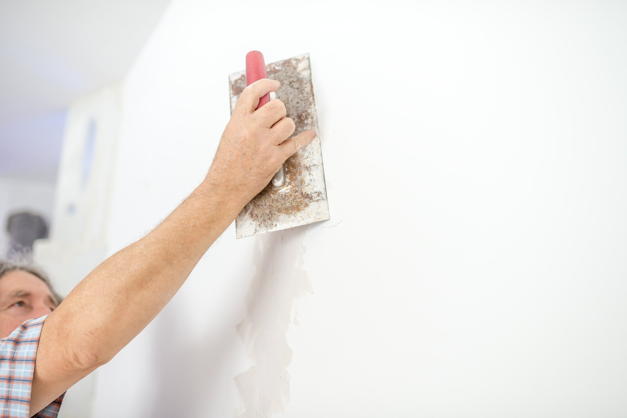 Advantages And Disadvantages Of Using Plaster On Your Walls - Prim Mart