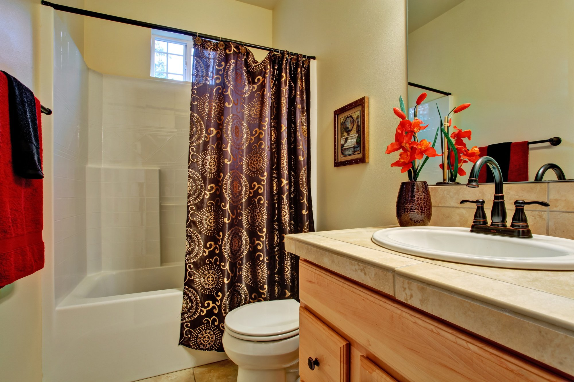 Design Tips for Small Bathrooms