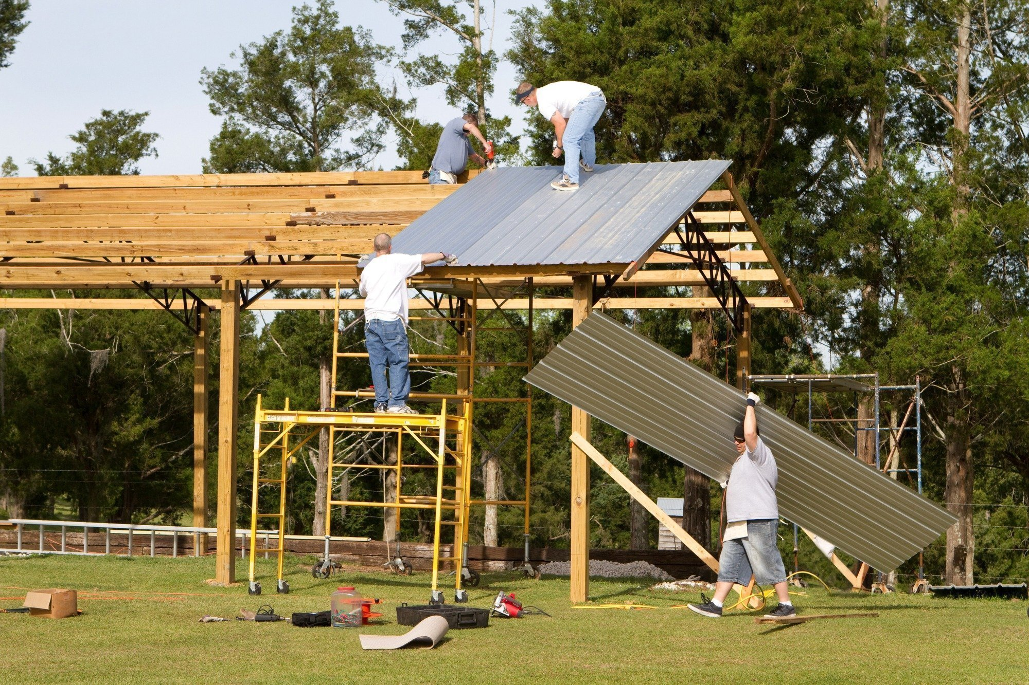 The Essential Checklist for Hiring a Pole Barn Builder