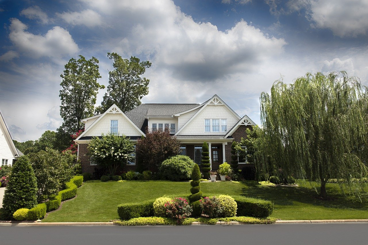house with curb appeal