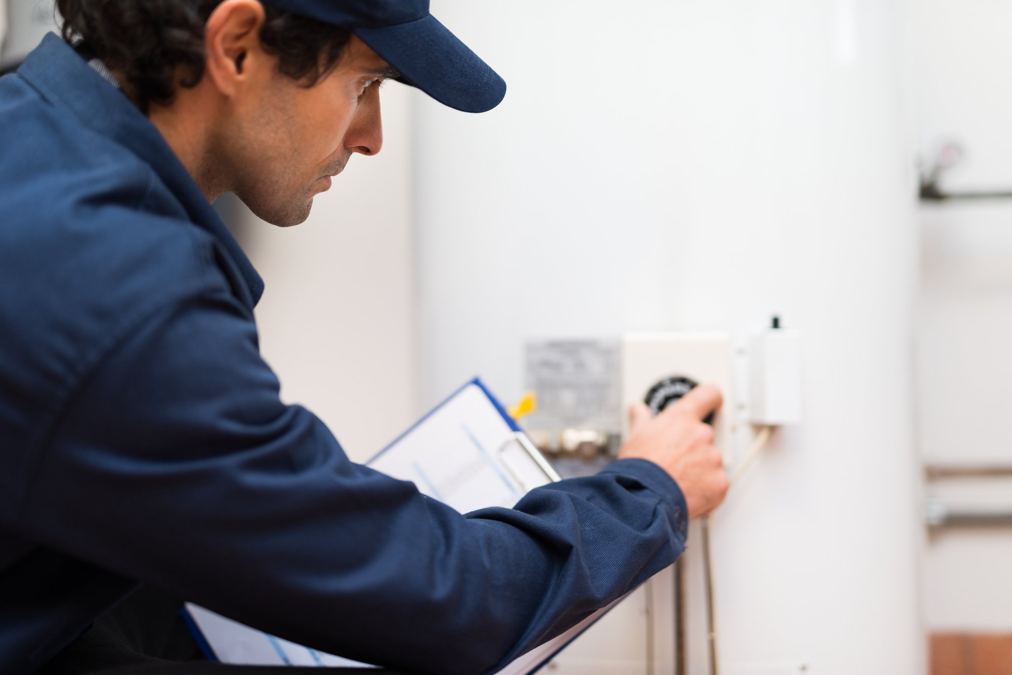 Reasons to Hire an Expert In Water Heater Repairs And Replacements