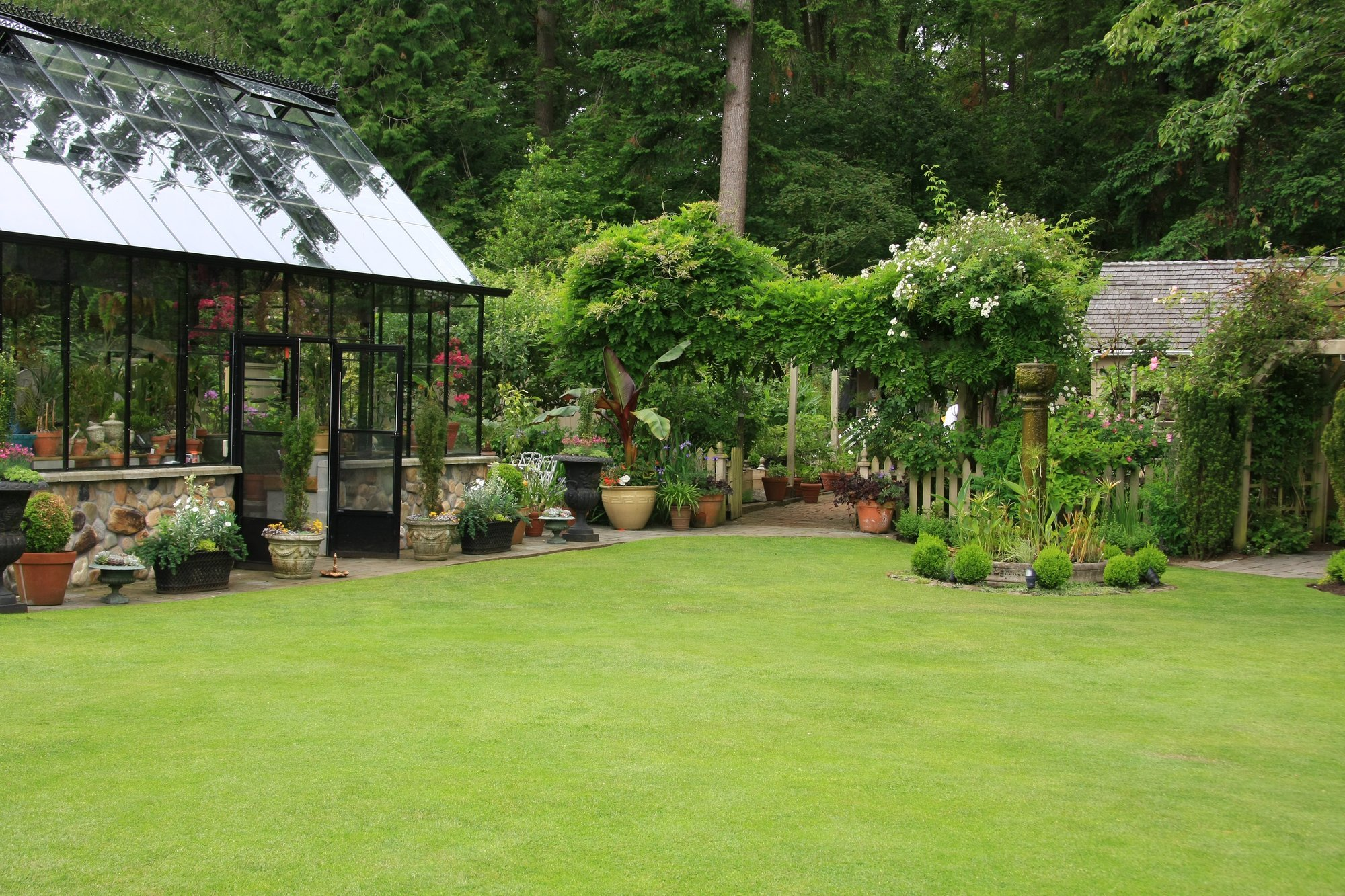 5 Reasons Why You Should Have A Dwarf Wall Greenhouse In Your Garden