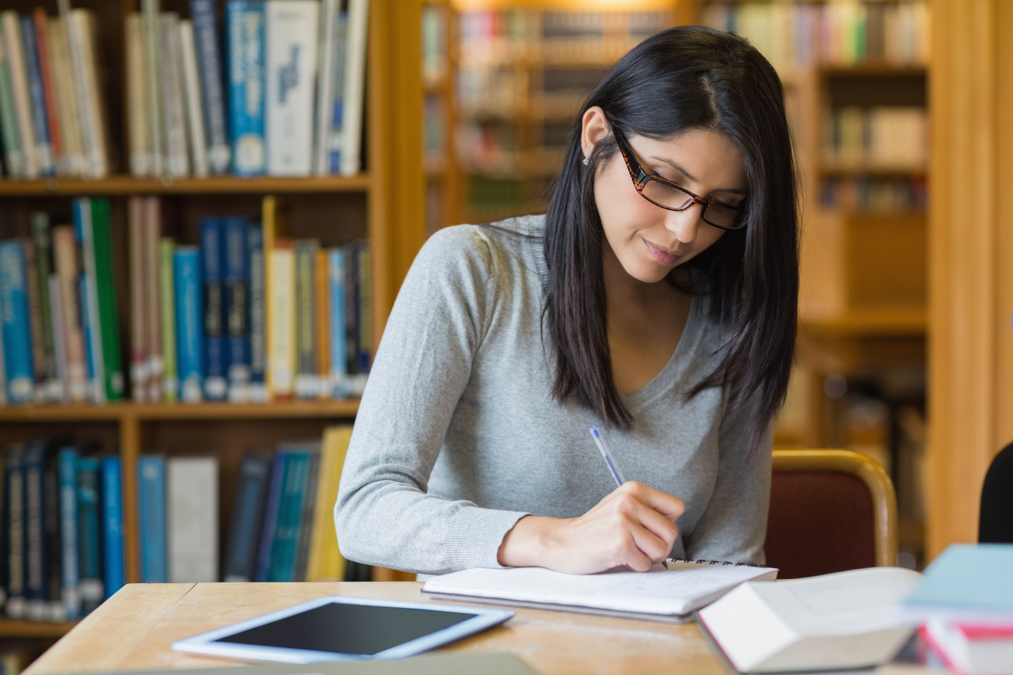 7 Tricks on How to Become a Top Student in College