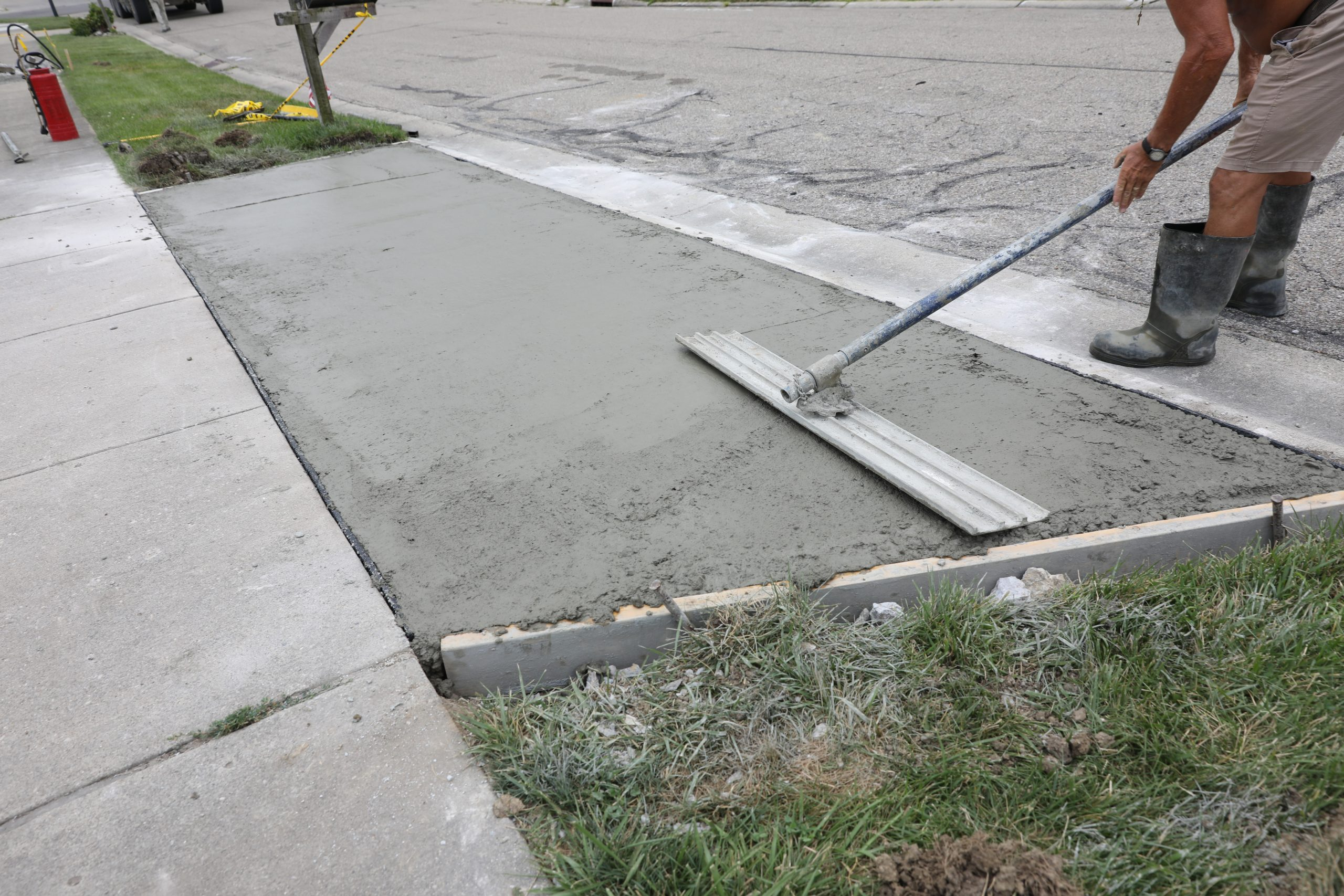 How To Repair Your Driveway Right the First Time