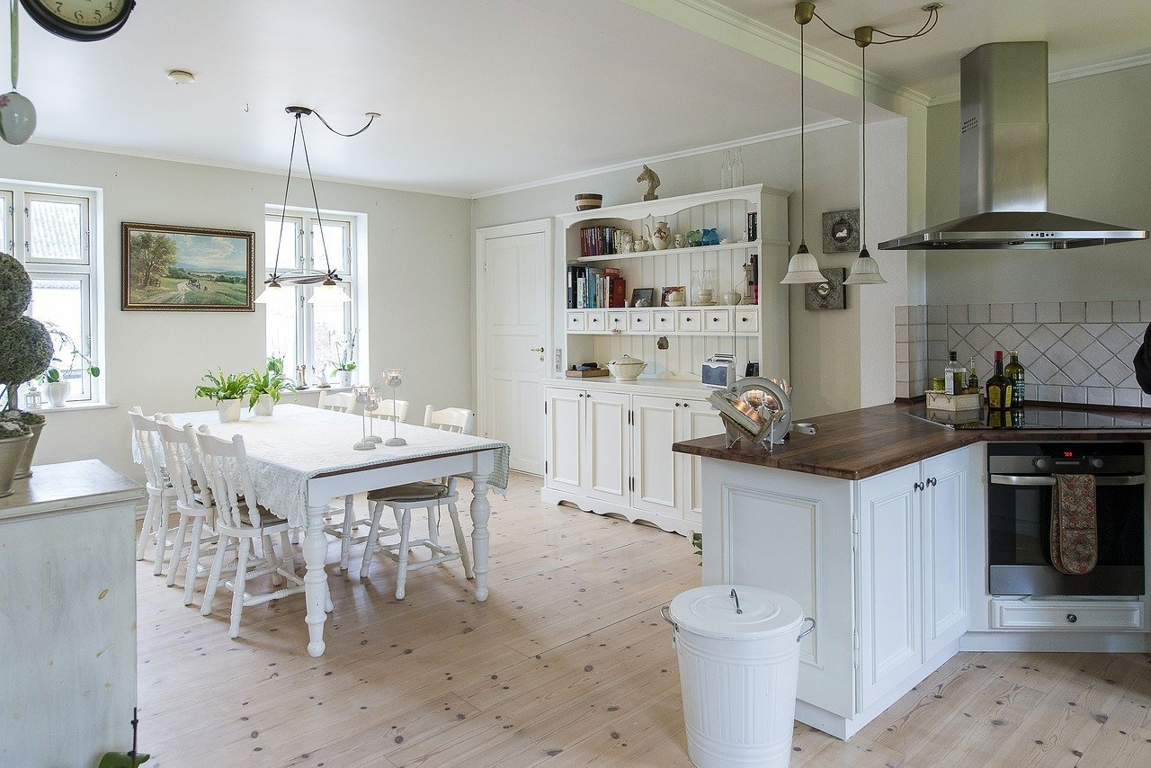 Farmhouse Kitchen Hardware Faucets, Knobs, and Sinks