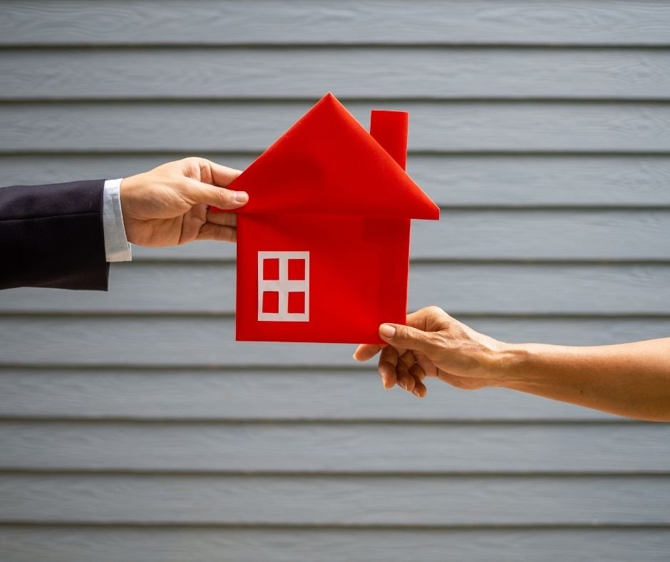 To Buy or Not to Buy off Market: What You Need to Know