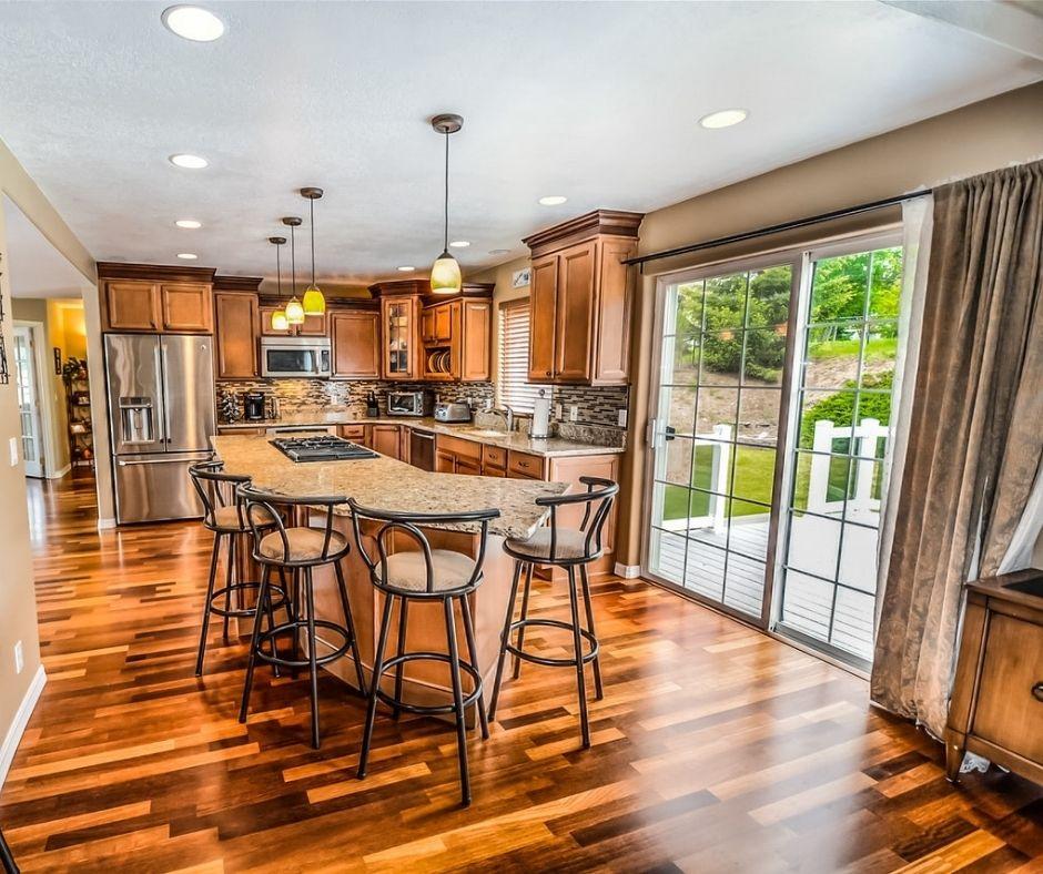 Top 5 Professional Hardwood Flooring Tips and Tricks