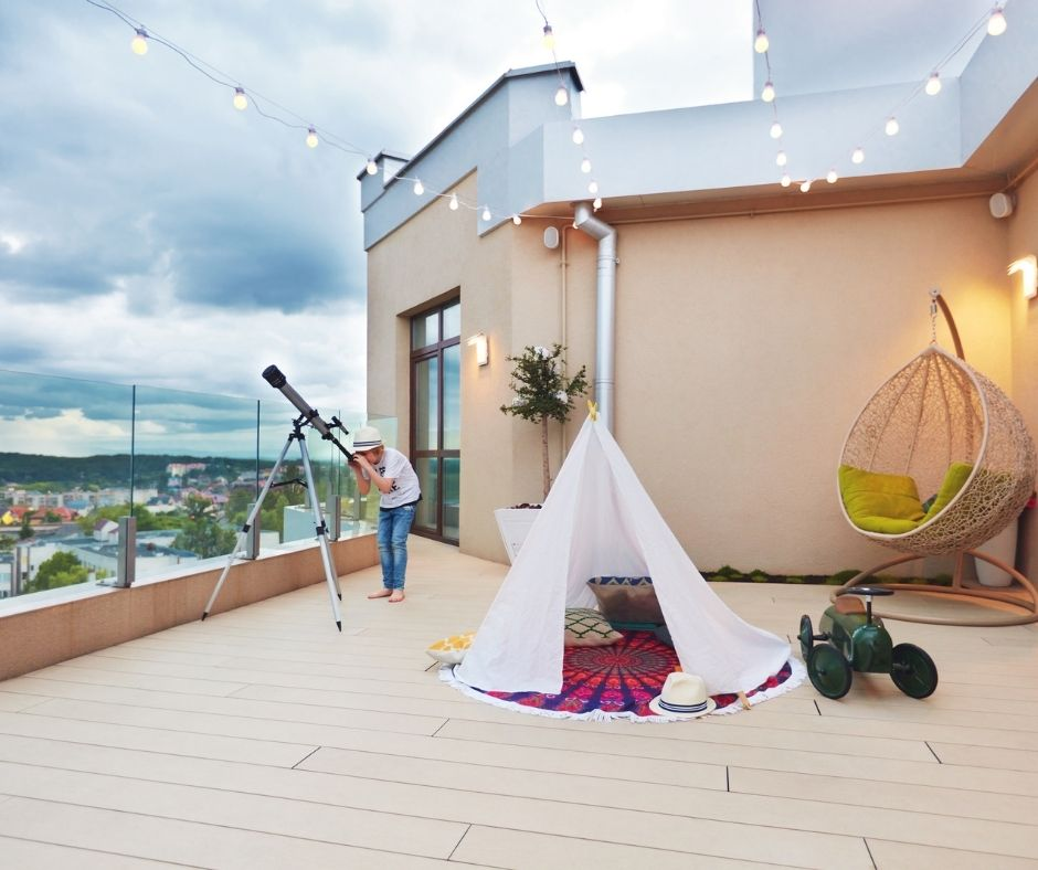 6 Activities You Can Do by Yourself On the Patio - Star Gazing