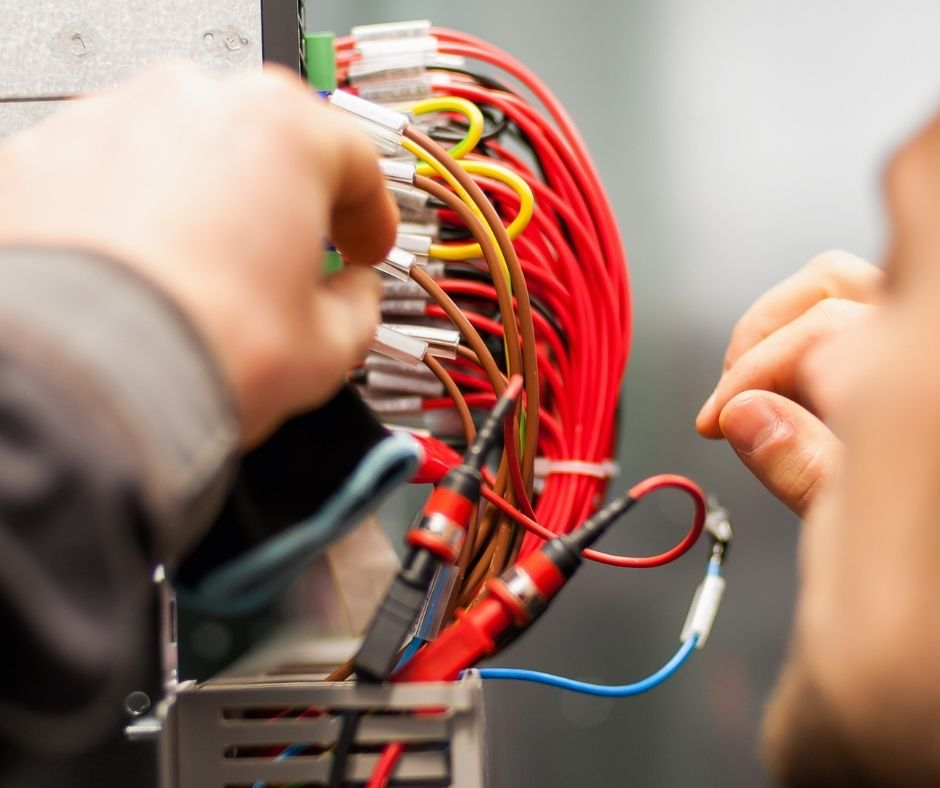 Why You Should Hire a Professional Electrician
