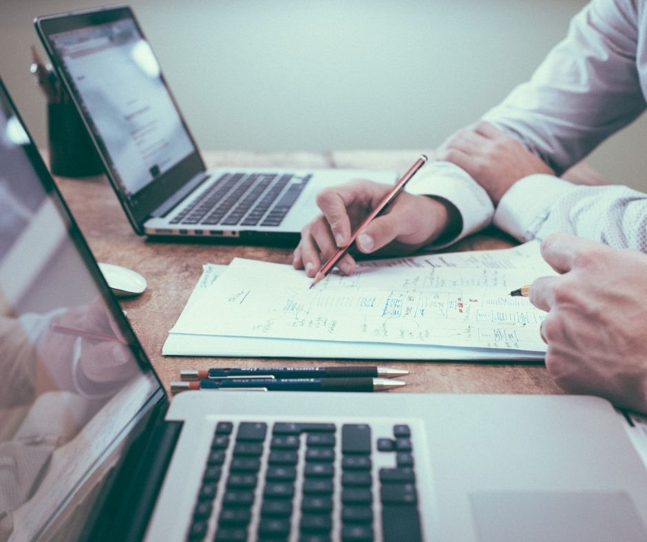3 Reasons You Should Consider Implementing a Business Accounting Software Program