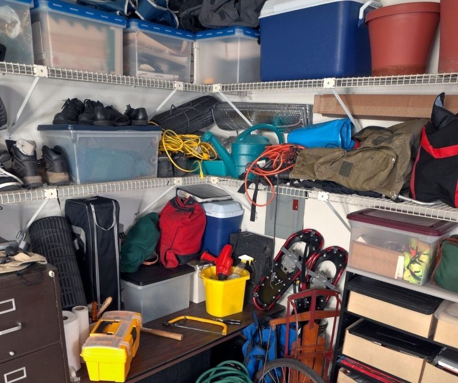 5 Ways to Maximize Space in Overhead Garage Storages