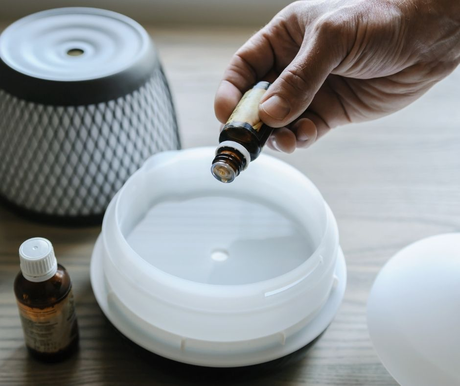 A Guide on Oil Diffuser Safety for Pets