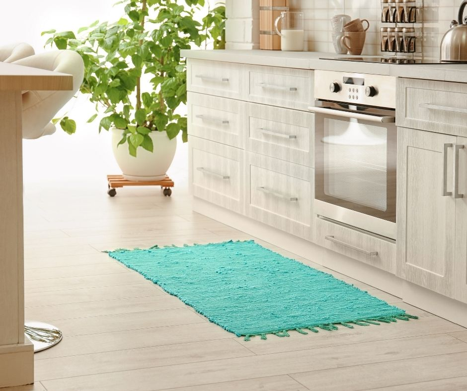 Should You Put a Rug in the Kitchen?