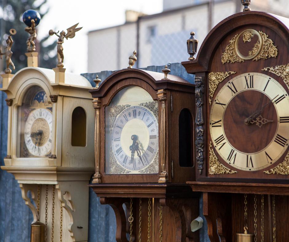 5 Types of Grandfather Clocks