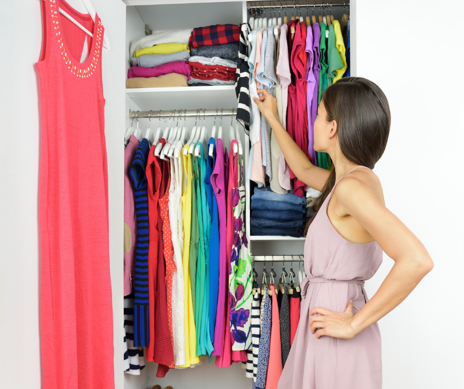6 Efficient Tips to Help You Organize a Small Closet 