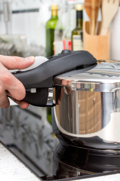 Top Features You'll Need in a Pressure Cooker for Induction Hob