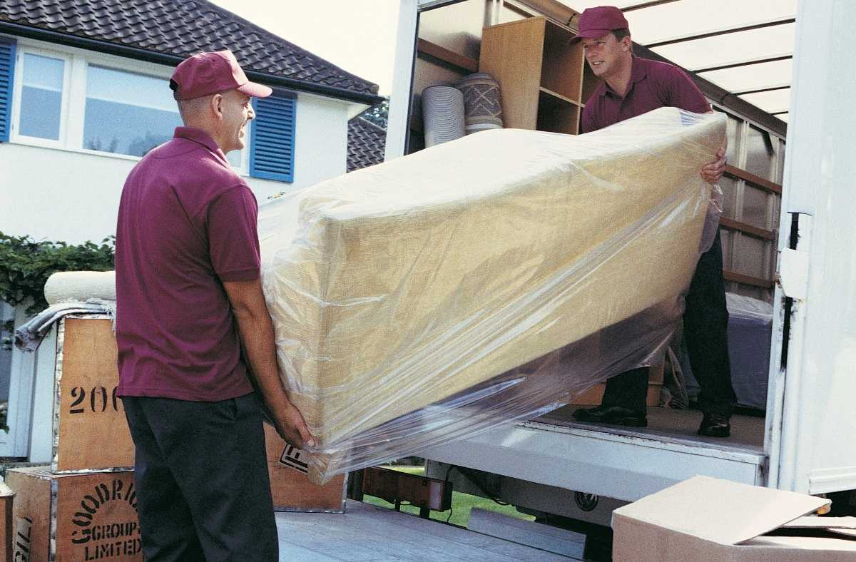 Right Ways To Find The Best Moving Company To Hire